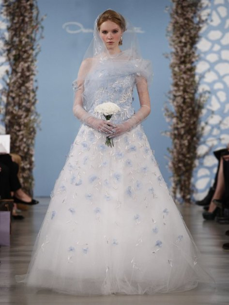 oscar-de-la-renta-bridal-2014-blue