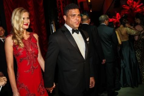 Ronaldo e a namorada Celina Locks