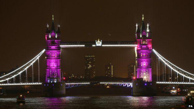 royalbaby-towerbridge